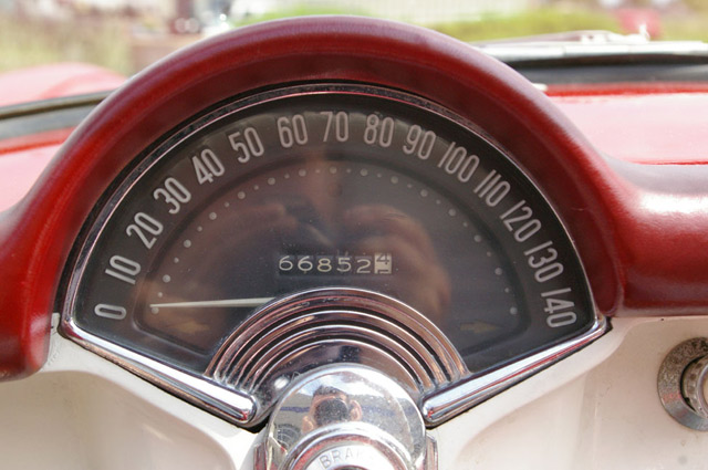 1954-corvette-speedo
